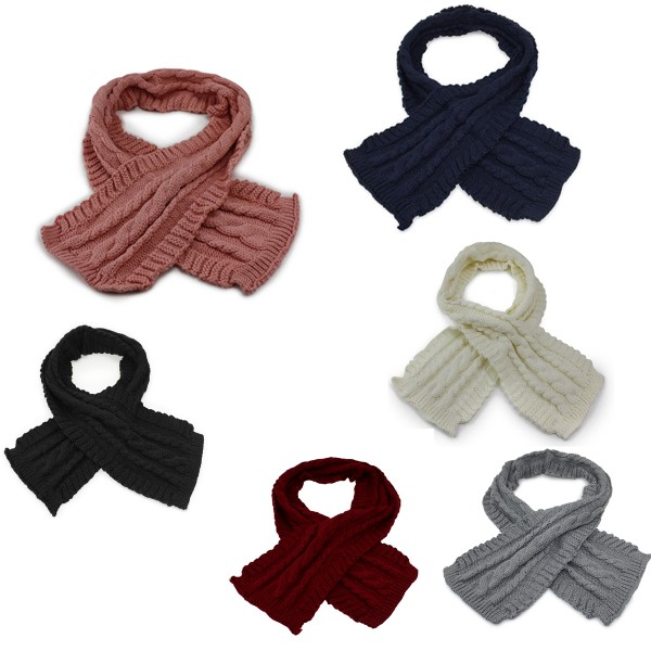Assortment: 10 pieces Winter Scarf Long Cable Pattern